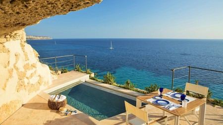 Book a room with a private pool at the Cap Rocat on Mallorca, Spain