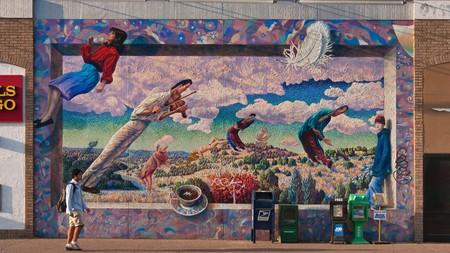 Austin boasts a vibrant street-art scene and you can admire murals such as Le Bonheur de Vivre by Doug Jacques