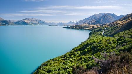 Soak up the stunning lakeside views at Lake Wakatipu