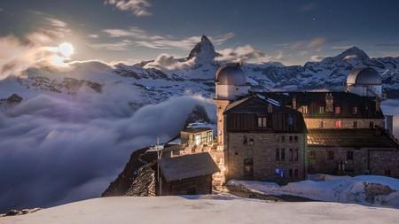 Star gazers should book a night at the highest hotel in the Swiss Alps