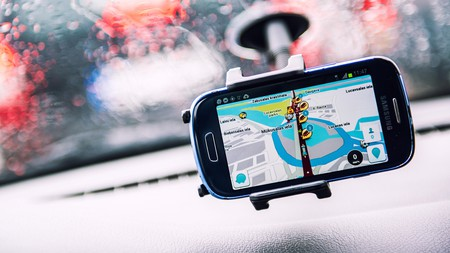 Waze GPS navigator helps drivers get to their destination more easily