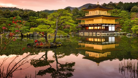 Combine a trip to the Golden Pavilion (above) with a visit to the Zen garden at the nearby Ryoan-ji Temple