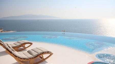 If you're looking for a spa retreat in Sarandë, book a room at Bougainville Bay