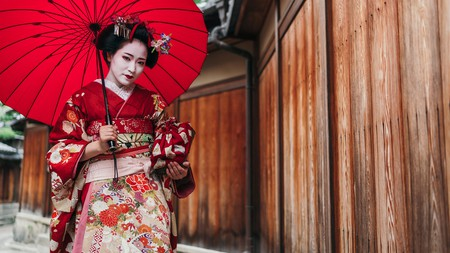Much can be expressed through a kimono's design, styling and colour, like for the Maiko geisha in Kyoto