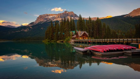 The views of lakes and mountains don't come much better than at Emerald Lake Lodge, in Yoho National Park