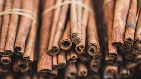 The best places to buy spices, such as cinnamon sticks, are the local markets
