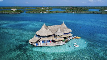 Casa en el Agua, which floats on the Colombian Caribbean, can only be reached by boat