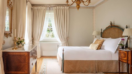 The Tivoli Palacio de Seteais is one of Sintra's many charming hotels