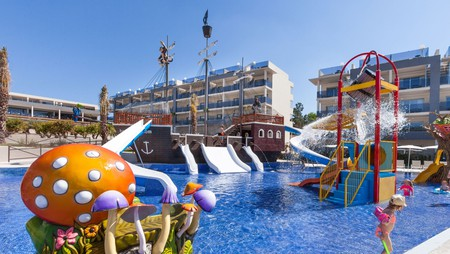 Zafiro Palace Alcudia is one of the best hotels for families in Mallorca thanks to its fun, pirate-themed kids pool