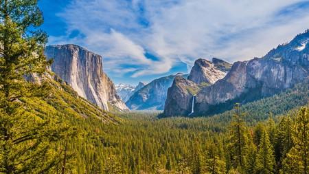 Yosemite Valley rewards travelers with unforgettable views