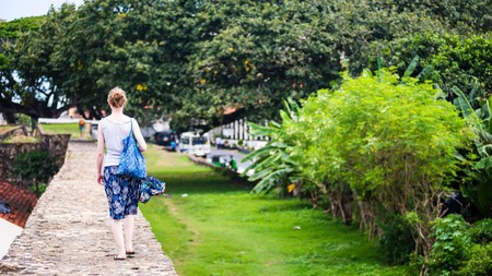 Travelling solo in Sri Lanka is very doable, but there are a few things you should know first