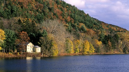 The Berkshires in Massachusetts wows travelers with evocative autumnal landscapes