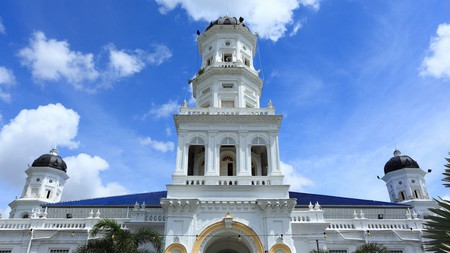 The minarets of the Sultan Abu Bakar State Mosque were inspired by Victorian English clocktowers