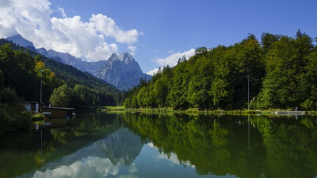 Connect with nature at the Riessersee in Garmisch-Partenkirchen, Germany