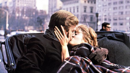 In 'Barefoot in the Park,' Robert Redford and Jane Fonda take a horse-drawn carriage through Central Park