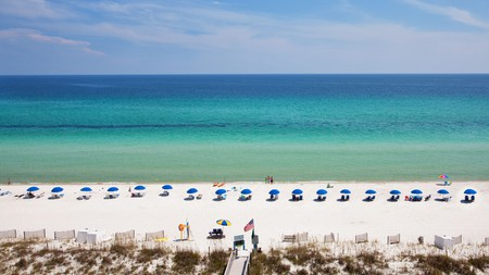 Holiday Inn Resort Pensacola Beach puts you in the center of all the action