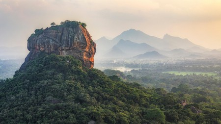 From the urban hubbub of Kandy, you can easily explore the gorgeous Sri Lankan wilds and many Unesco World Heritage Sites
