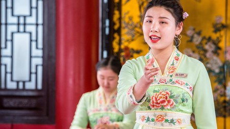 These old-school Chinese songs that have touched the hearts of many generations