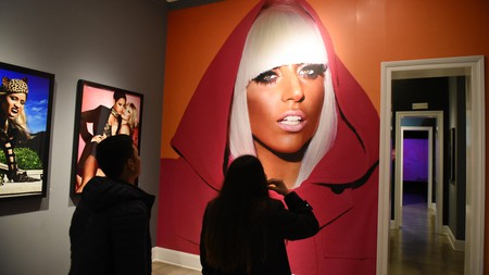 """WMTCRJ Lima, Peru. 04th Sep, 2019. A portrait of Lady Gaga at the Mate museum during the exhibition in Lima.Mario Testino exhibition """"Alta Moda"""" is the result of a five-year project that investigates both Peruvian traditions and the history of photography at the Mate museum in Lima. Credit: SOPA Images Limited/Alamy Live News"""