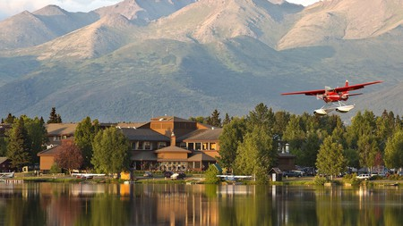 If you're looking for a luxurious getaway but want to be close to the action, book a stay at the Lakefront Anchorage