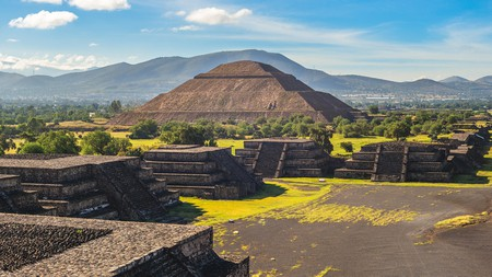 A visit to see the Pyramid of the Sun in Teotihuacan is a classic day trip from the Mexican capital