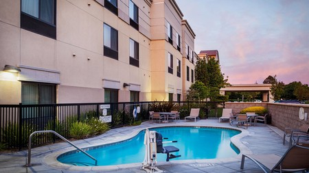 SpringHill Suites in Modesto caters to an outdoor crowd