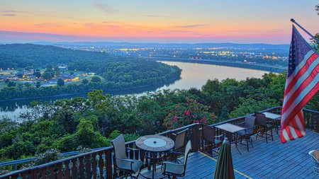 Enjoy views over the Tennessee River at RiverView Inn