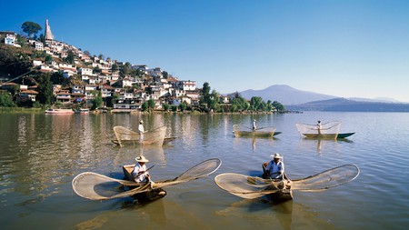 The butterfly fishermen of Lake Patzcuaro are one of the many quirks of Isla de Janitzio