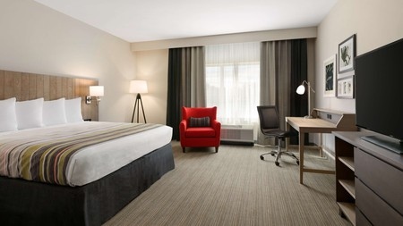 The Country Inn & Suites by Radisson in Charlottesville offers affordable stays near the University of Virginia