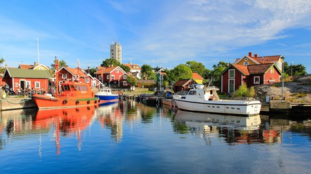 The Stockholm archipelago offers quaint scenery a stone's throw from the city