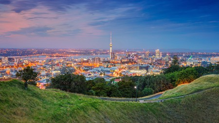 Auckland offers a variety of landscapes to enjoy at any given time, from mountains to sea to soaring skyscrapers
