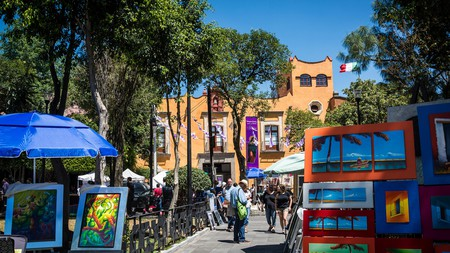 Head to the Saturday bazaar in Plaza San Jacinto to pick up art and crafts from Mexican artisans