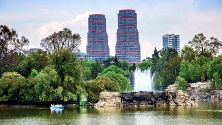 Bosque de Chapultepec is also known as the lungs of Mexico City