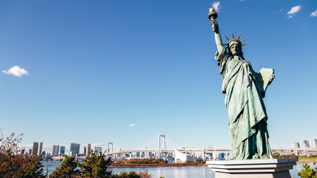 A smaller version of the Statue of Liberty can be found on Odaiba