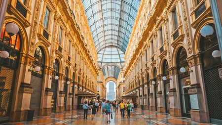 Milan is home to gorgeous vistas and cuisine, making it easy to fill 24 hours in the city