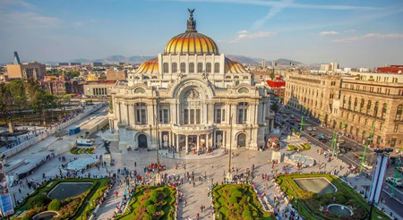 The stunning Palacio de Bellas Artes is one of Mexico City's can't-miss attractions