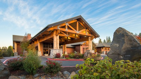 Four-legged friends are welcome at the Riverhouse on the Deschutes in Bend, Oregon