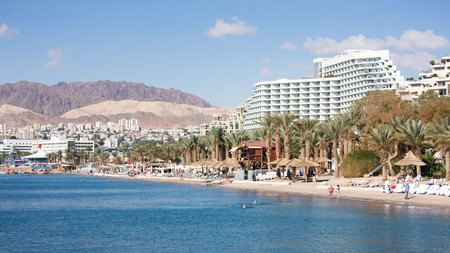 Book a holiday apartment in Eilat and enjoy the freedom to explore the beautiful beaches here