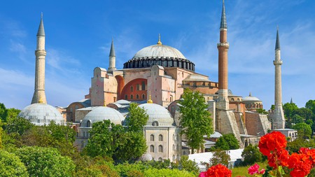 The Sultan Tombs are part of the Hagia Sophia complex