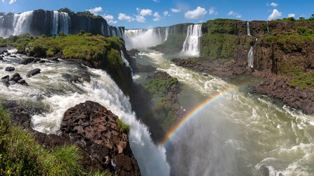 Iguaçu Waterfalls is one for the bucket list, but there's lots of other things to do in Foz do Iguaçu