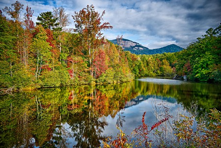 South Carolina has some incredible natural sites to explore inland, from expansive rivers and lakes to organic farms and pine forests