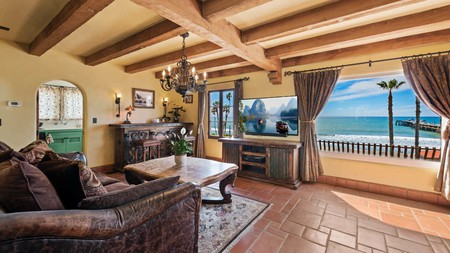 Oceanfront Hacienda in San Clemente will make you feel like you're at your own beach house