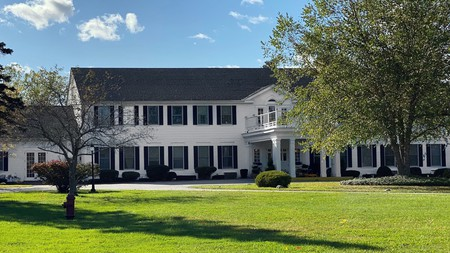 The Litchfield Inn is a charming boutique property that'll appeal to a variety of travelers