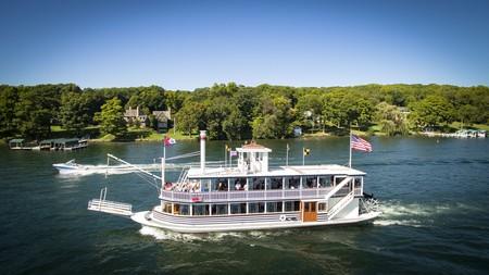 The Ridge Hotel enjoys an enviable location on the Lake Como shoreline