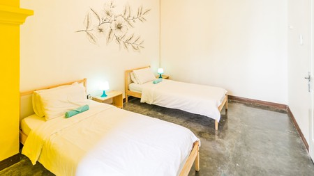 You are guaranteed a fun time at the Wonderloft Hostel, Jakarta, which offers free walking tours, barbecue night and pub crawls