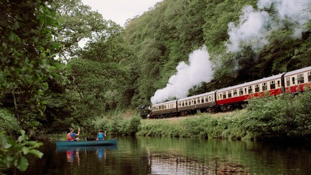 Paddle, saddle, steam or sail: there are many ways to explore the beautiful landscapes in the southwest of England