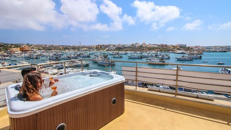 The two-person jacuzzi overlooking the sea at the Hotel Paladini di Francia will get you in the holiday mood in no time