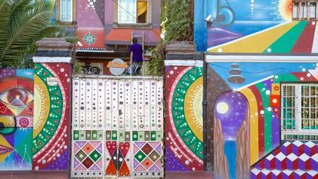 Bellavista is one of the best neighborhoods in Santiago for street scenes and outdoor art