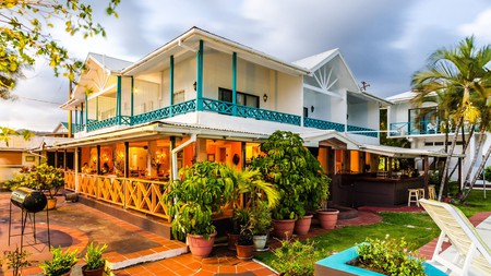 French Verandah, at the waterfront Mariners Hotel, is renowned for fresh seafood