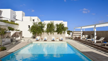 The saltwater pool at the Ammos Hotel on Skyros is inviting you for a swim